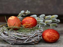 easter-eggs-2145671_640