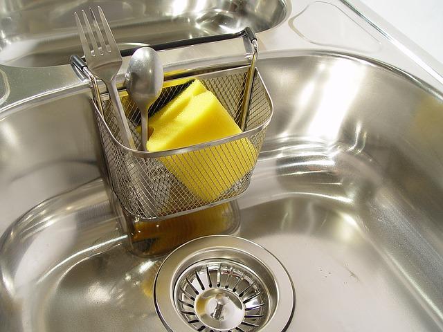 Kobiety do rządzenia, mężczyźni do zmywania naczyń…