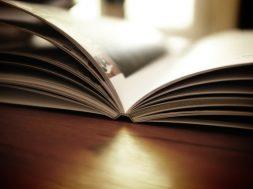 book-1867716_640