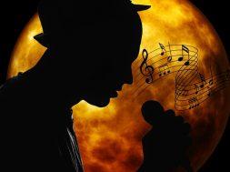 musician-2055803_640